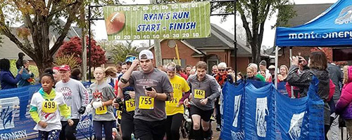 2018 Ryan's Run Runners at start